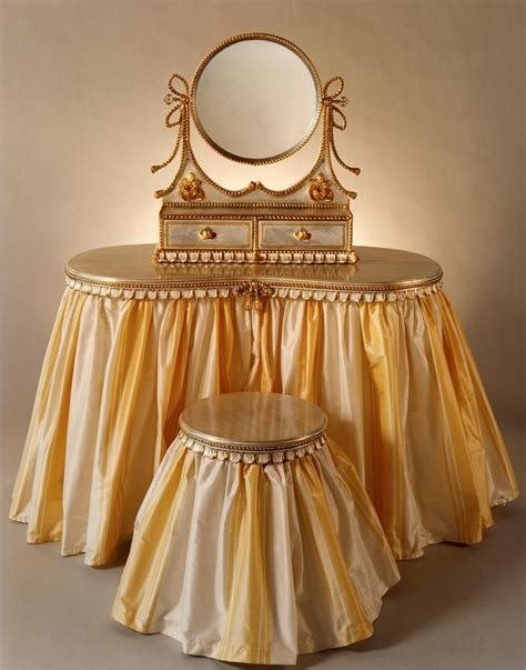 vanity stool with skirt 1000 images about pretty perfume bottles vanity sets