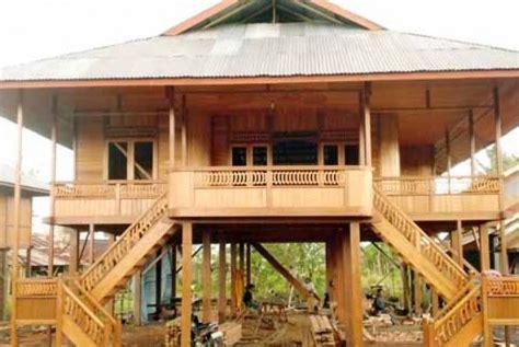 desain rumah pedesaan foto rumah tua antik di pedesaan kota sumedang desain
