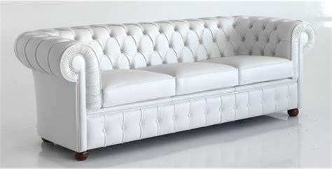 tipi di pelle per divani divano in tessuto microfibra o pelle