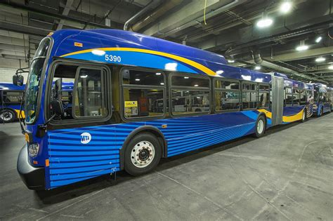 Nyu Mba Mta Linkedin by High Tech Mta Buses With Wi Fi Are Now Rolling Around New