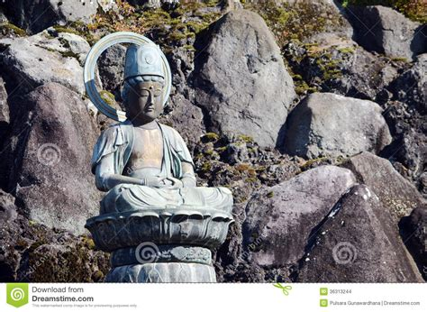 Narita M Xl buddha statue at narita san temple japan stock images