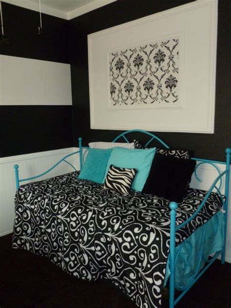turquoise and black bedroom ideas 1000 images about black and white striped wall on