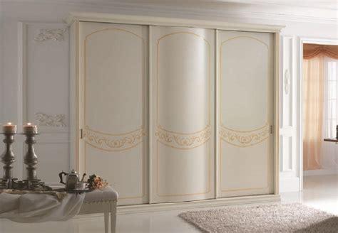 armadio color avorio armadio color avorio stunning armadio su misura in