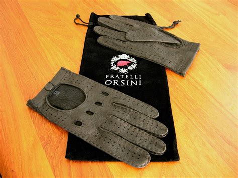 Mercedes Driving Gloves by How Many Of Us Use Driving Gloves Knuckle Holes And