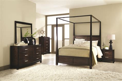 queen canopy bedroom sets queen canopy bedroom sets coaster ingram canopy bedroom