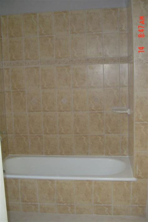 ceramic tile bathtub surround ceramic tile tub surround with accent strip images frompo