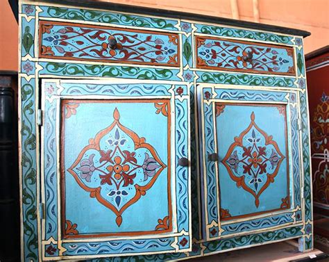 Moroccan Style Dresser by The 25 Best Mexican Paintings Ideas On
