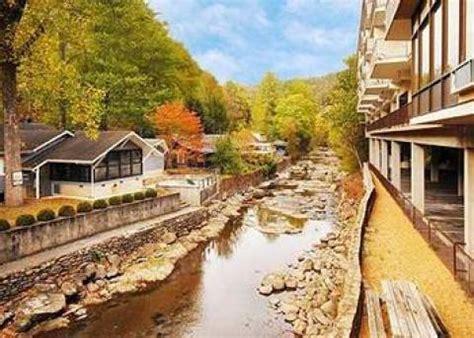 comfort inn on the river gatlinburg hotel comfort inn on the river