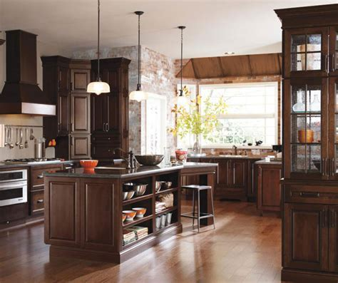 Kitchen with Cherry Cabinets   Diamond Cabinetry