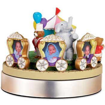 Engsel Baby Box Bfl 888 photo frame musical circus and nursery book gift set