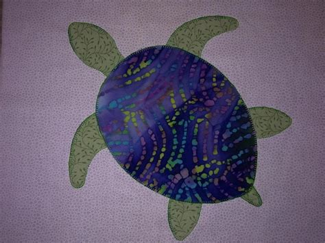 Turtle Quilt Pattern Free turtle applique block by shannonmac craftsy