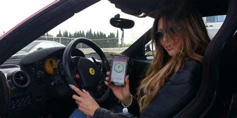 donne al volante pericolo costante sfatiamo il proverbio donne al volante pericolo costante
