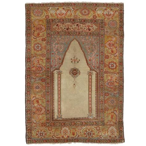 turkish prayer rug antique turkish ghiordes prayer rug for sale at 1stdibs