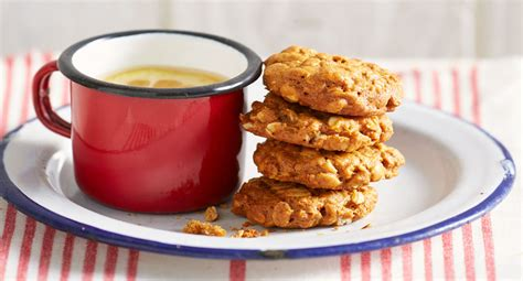 classic anzac biscuits recipe  homes  gardens