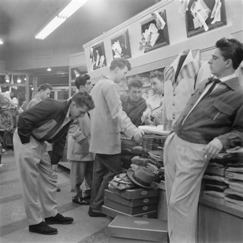 1950s teen fashion for teenage boys teenage boys shopping for new threads 1950s black and