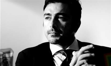 biography of pakistani film star shahid shaan shahid agrees to star