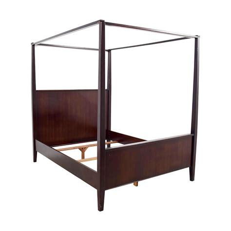 crate beds 87 off crate barrel crate barrel queen four poster