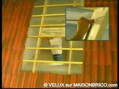 Pose D Un Velux Sur Tuile by Pose D Une Fen 234 Tre De Toit 169 Velux Sur Maisonbrico