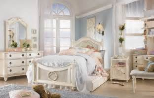 Shabby Chic Bedroom Sets Lovely And Classic Shabby Chic Bedrooms For