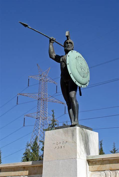 thermopylae monument  leonidas   battle