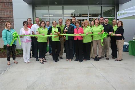 regions bank tn regions bank celebrates grand opening of new branch