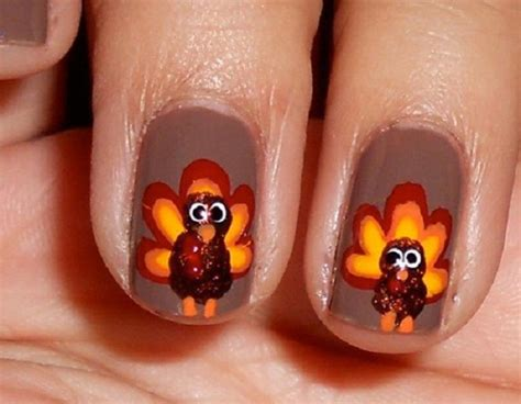Fingernail Painting Ideas by Thanksgiving Nail Ideas For Beginners