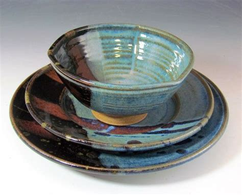 Handmade Pottery Dishes - 17 best images about handmade pottery dinnerware and