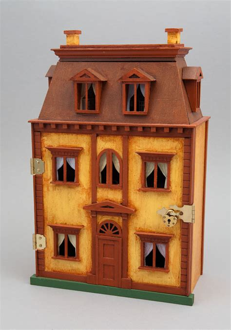 who wrote the dolls house good sam showcase of miniatures at the show quarter scale