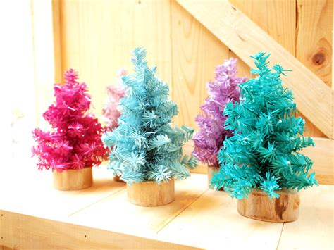 small colorful christmas tree set of 5 on luulla