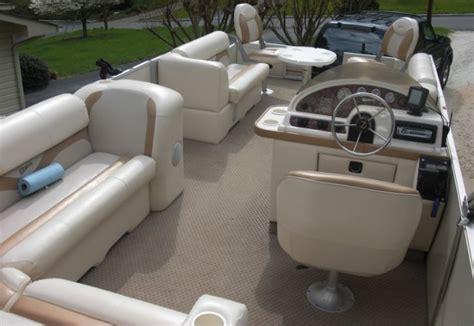 Pontoon Boat Interior by 2003 Crest Ii Dl Pictures Updated Pontoon Forum Gt Get