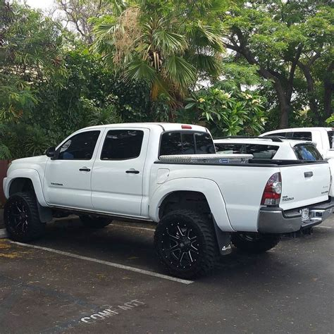 Looking For Used Toyota Tacoma Trucks 17 Best Images About Toyota Trucks On Trucks