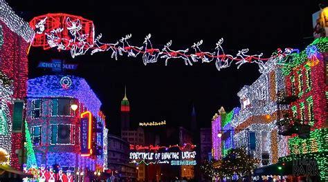 disney world christmas lights disney s hollywood studios 2014 christmas and holiday
