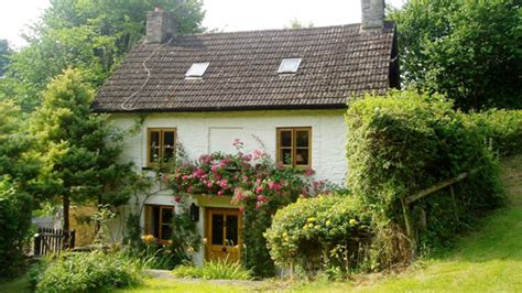 self catering holiday cottages in wales uk visit wales