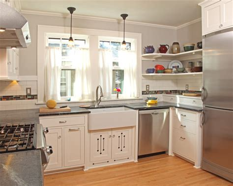 kitchen cabinets small 1000 images about kitchen layout on pinterest square