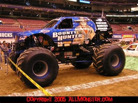 monster truck show in st louis mo st louis missouri monster jam february 12 2005