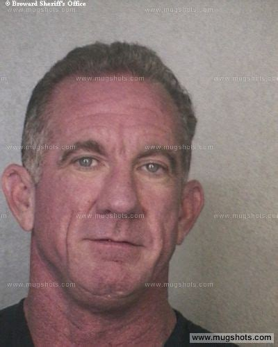 Barry County Court Records Barry E Reaves Mugshot Barry E Reaves Arrest Broward County Fl Booked For Court