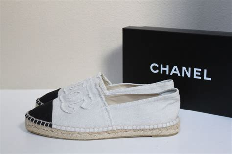 Slip On Shoes Chanel 8819 chanel slip on sneakers 28 images chanel leather slip