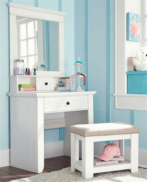 girls bedroom vanity furniture large vanity for teenage girls pictures to pin