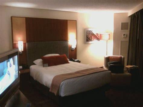 hyatt regency chicago room service average size room king picture of hyatt regency chicago chicago tripadvisor