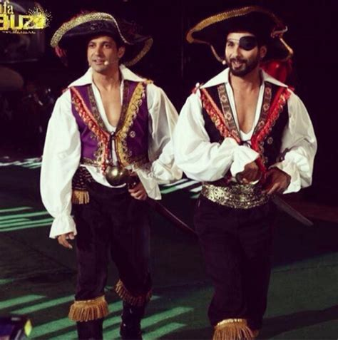 priyanka chopra john travolta s hot dance at iifa awards 2014 iifa instagrammed the complete unedited backstage drama