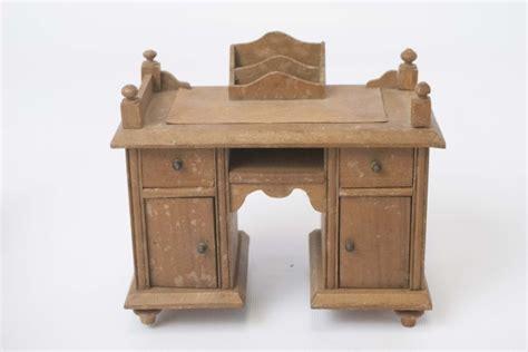 stamford bedroom furniture antique dollhouse miniature bedroom furniture