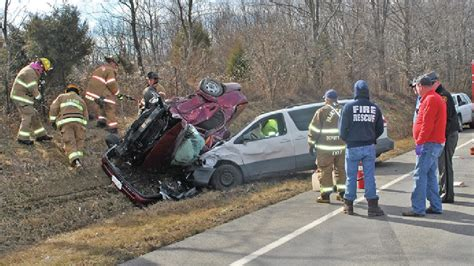Actor Garrisons Suv Wrecks 1 Dead by 2 Dead After 2 Vehicle Crash In Highland County News