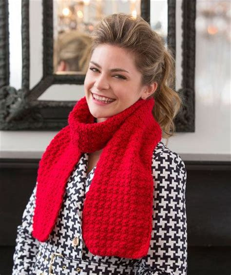 jennifer s scarf free crochet pattern from red heart yarns stitches easy patterns and yarns on pinterest
