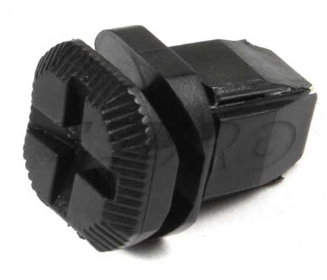 genuine saab battery cover retainer 12792092 free