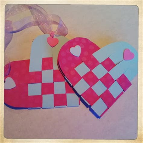 crafts for 1st graders two easy valentine s day crafts paper paint