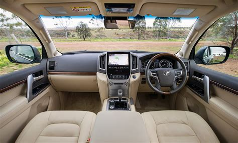 Toyota Land Cruiser Interior Dimensions by 2016 Toyota Land Cruiser Exterior And Interior 2016