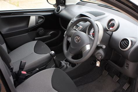 Toyota Aygo Inside Toyota Aygo Hatchback Review 2005 2014 Parkers