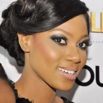 actress ynovnne nelson with bob hair yvonne nelson urges on ghanaian president to do something