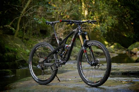 Harga Sepeda Polygon Carbon by All Mountain Assassin The Polygon Collosus N9 Flow