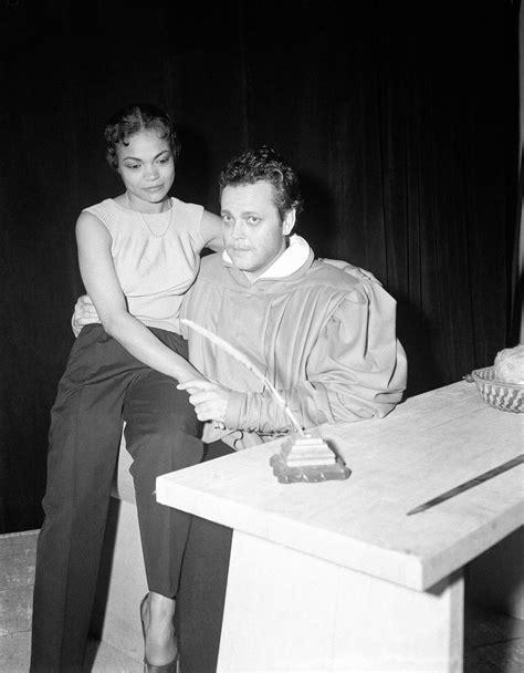 Eartha Kitt and Orson Welles in Paris in 1950 - Flashbak